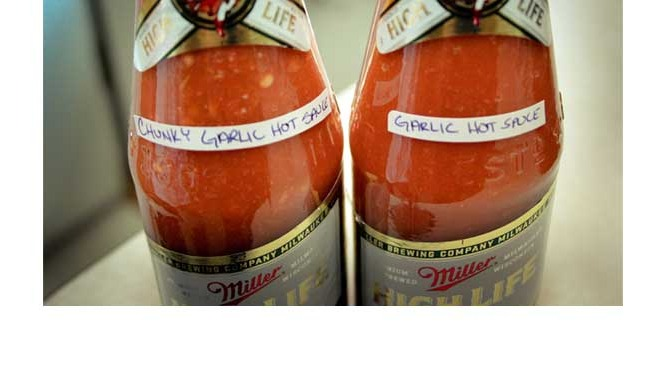 Paleo Garlic and Mixed Peppers Hot Sauce Recipe